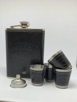 Подарочный набор Jack Daniсes Black  с 4 стопками и лейкой
