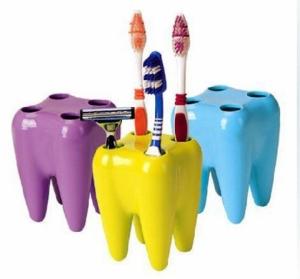 Подставка для зубных щеток в виде зубок