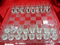 Фото Шахматы с рюмками большие