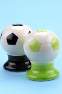 Солонки мячи