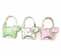 Вешалка для женской сумочки кошка-замок