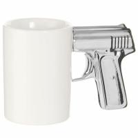 Фото Чашка Пистолет белая с серебряной ручкой