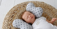 Детская подушка для новорожденных Butterfly Синие Звезды