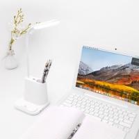Фото Подставка для канцелярии белая с встроенной Led лампой