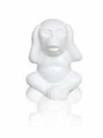 Статуэтка Обезьянка с закрытыми ушами белая