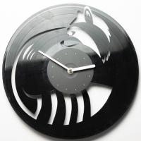 Фото Виниловые часы Енот